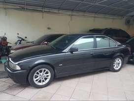 BMW e39 520i 2004 hitam