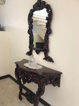 Wooden consol with mirror and painting