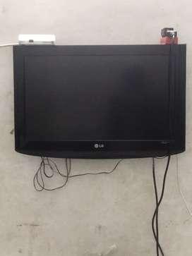 LG LCD TV 26