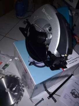 Mesin Potong Kayu - Gergaji Kayu 7 inch Circular Saw M-2600L MODERN