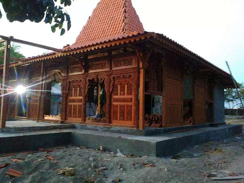 Rumah Joglo  Kayu Jati  Dinding Gebyok Ukir Soko Utama 20cm luas 12x12