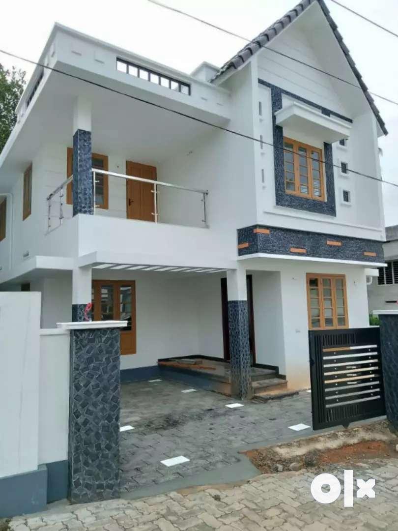 3.bhk 1500 sqft 3.5 cent new build at kalamassery near edathala 0