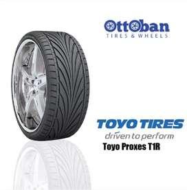 Toyo tires proxes T1R 225/40 R18 92Y