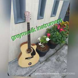Gitar natural Taylor custom greymusic 16