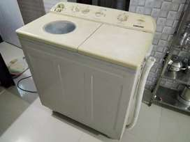 SAMSUNG Washing machine in good condition and in working condition
