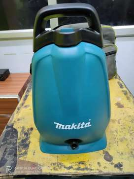 1 day unused Brand new Makita high pressure washer No cheap bargains