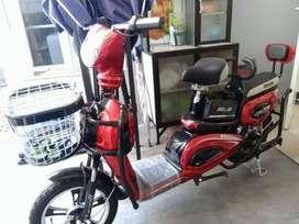 Sepeda Listrik Selis murai warna merah