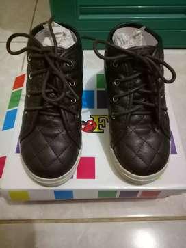 Sepatu Kids mrek FLADEO