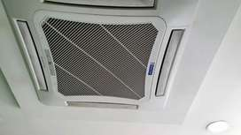 4 ton AC × 2 Sparingly used for Sale.