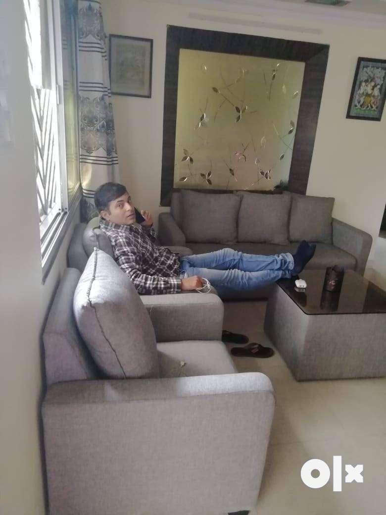 3 BHK FULLY FURNISHED FLAT 28K FOR RENT IN RAJ NAGAR PRIME LOCATION