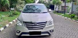 Toyota Kijang Innova 2.0 V Bensin Manual FACELIFT 2014 Silver Plat N