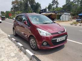 Grand i10 petrol,Gulf owner,25000km..perfect condition