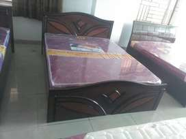 Brand new cots at factory price 3999