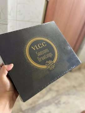 VLCC Seasons Greetings Box