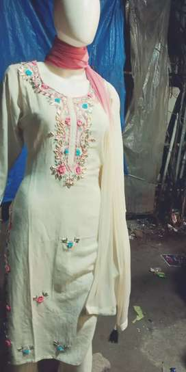 Need a taylor who can stitch pakistani kurtis