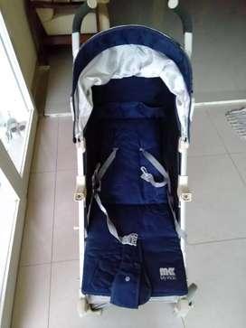 Stroller bayi bekas
