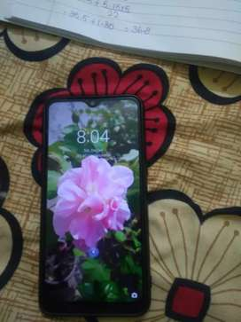 Realme 3 4/64 in very good condition 8 months old