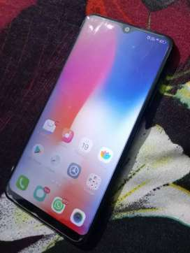 Selling vivo y93 mobile