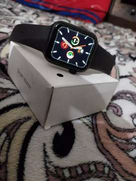 BRAND NEW SMART WATCH SERIES 5