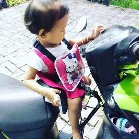 Kursi tambahan anak dimotor matic atau bebek