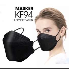 Masker KF94 (Hitam/Putih)