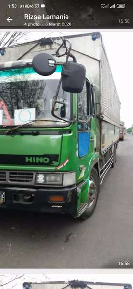 Jual cepat Truck Tronton wing box Hino Th.1998 (built up) siap jalan.