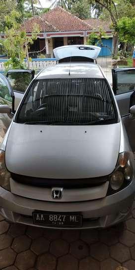 Jual Santai Honda Stream 2.0 Facelift