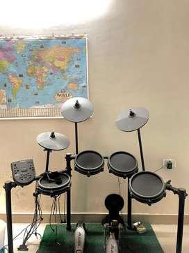 Nitro Alesis meah kit Drum set