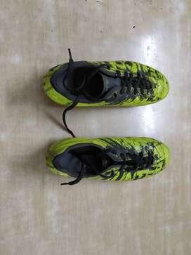 Nivia studs shoes