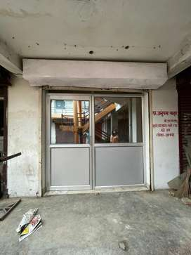 Shop for rent 12/15 sq ( telibhag Defence Colony)