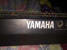 Yamaha PSS.51 electronic keyboard in very good condition