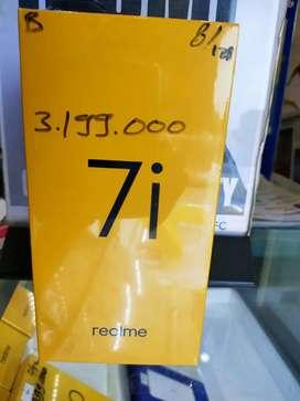 (BARU) Realme 7i ram(8/128) garansi resmi