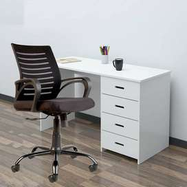 C104 Medium-Back Mesh Office/Study Chair [Black]