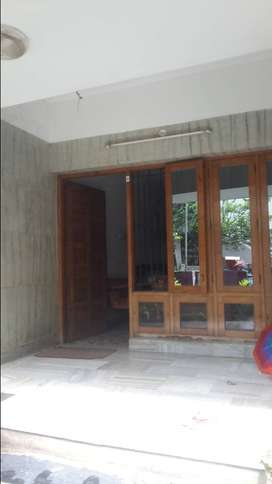 Ladies hostel for working and studying girls