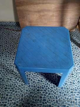 Dijual Meja Plastik Bekas