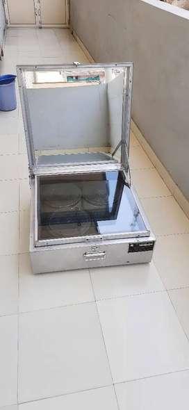Solar Cooker 4 pot box type