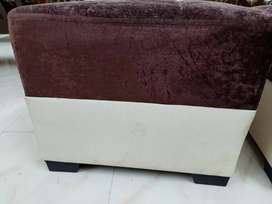Cube Seater with table