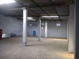 vapi gidc  1st phase 8500 sq.ft godown available for rent.