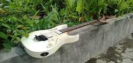 Dijual gitar listrik merek Ibanez jem flower Made in Korea ori  mulus