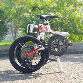 Sepeda Lipat Izi Arch 2020