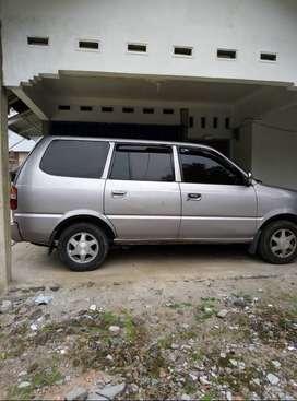 Toyota kijang kapsul 2002