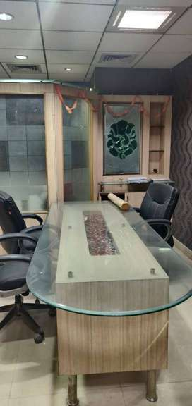 Furnished office 600 SQ FT