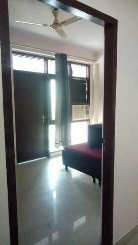 1 BHK furnished apartment for rent.
