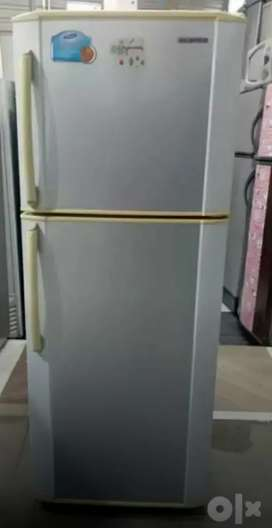 Samsung Double door mixed colour refrigerator