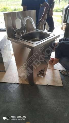 standing wastafel portable injak stainless steel | custom di Surabaya