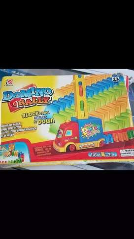 Mainan Domino Rally