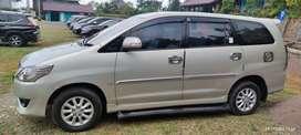 Toyota KIJANG INNOVA tipe V 2.0 Bensin Manual 2012 KM. 35000an ALL ORI