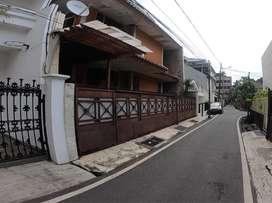 Rumah dijual 2 lantai Jakarta Pusat, lokasi premium dan strategis