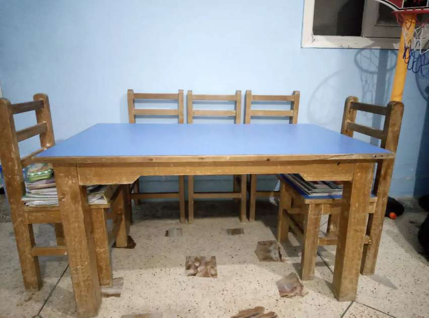 Wooden 6 chair with table 0