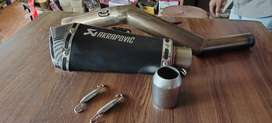 Akropovic exhaust just 1 month used with bend pipe